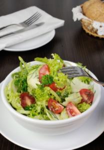 fresh-salad-dinner