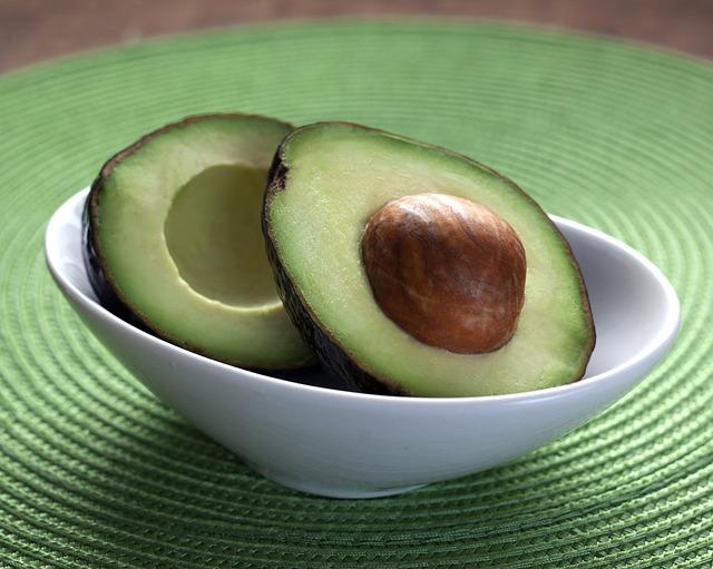 avocado-1712583_640-1