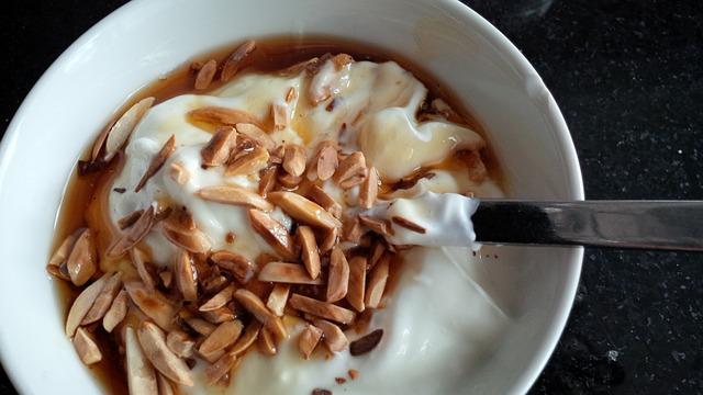 yogurt-822747_640